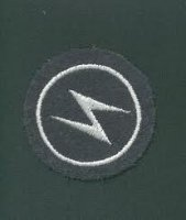 BW LW LIGHTNING PATCH (SIGNAL CORPS)