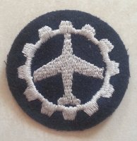 BW LW AIRPLANE AND GEAR ROUND PATCH