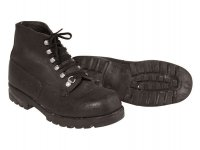 SWISS MOUNTAIN BOOTS WITH RUBBER SOLE USED