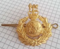 BRITISH AFTER WW2 ROYAL MARINES CAP BADGE REPRO
