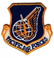 DISTINTIVO US PACIFIC AIR FORCES (SCURO)