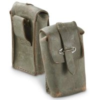 ITALIAN AMMO POUCH LEATHER GREEN USED