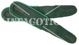WH SHOULDER BOARDS M36 EM GREEN GEBIRGSJÄGER (REPRO)
