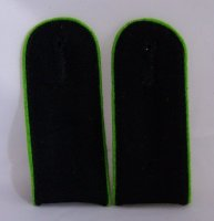 SS SHOULDER BOARDS EM PANZERGRENADIERE LIGHT GREEN (REPRO)